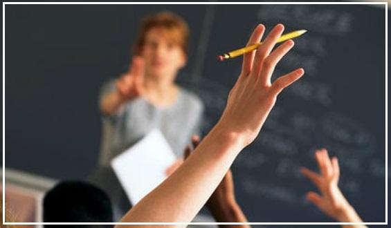 """Bila Cikgu Mula Bertanya, """"Ada Soalan Semua?"""", Pasti Ramai Yang Menundukkan Kepala, 7 Tips Ini Boleh Latih Pelajar Untuk Berani Bertanya Soalan"""