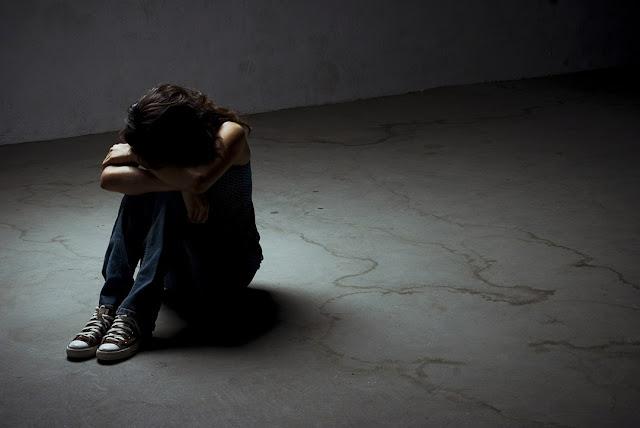 मानसिक रूप से कमजोर लड़की से किया गैंगरेप - newsonfloor.com