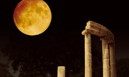 Το Υπουργείο Πολιτισμού και Αθλητισμού υπό τον συντονισμό της Γενικής Διεύθυνσης Αρχαιοτήτων και Πολιτιστικής Κληρονομιάς διοργανώνει για μία ακόμη χρονιά τις εκδηλώσεις της Αυγουστιάτικης Πανσελήνου προσφέροντας τους αρχαιολογικούς χώρους και τα μουσεία στο κοινό με ελεύθερη είσοδο για να απολαύσουν το φως του φεγγαριού, την Κυριακή 22 Αυγούστου.