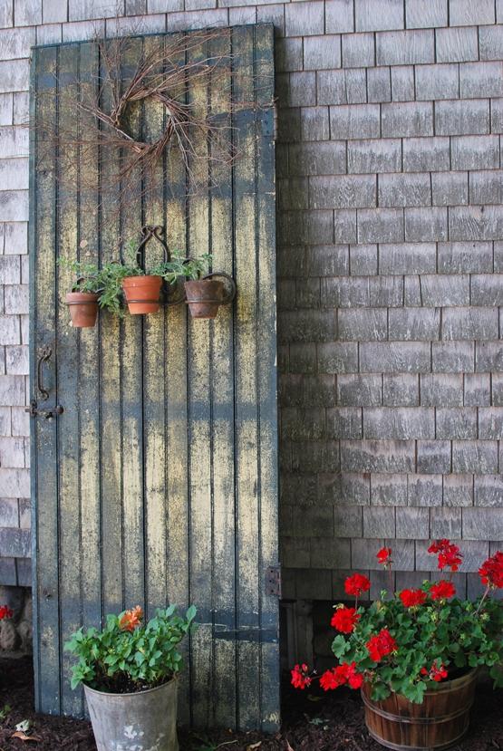 Outdoor Decor Using Old Doors - Home Design