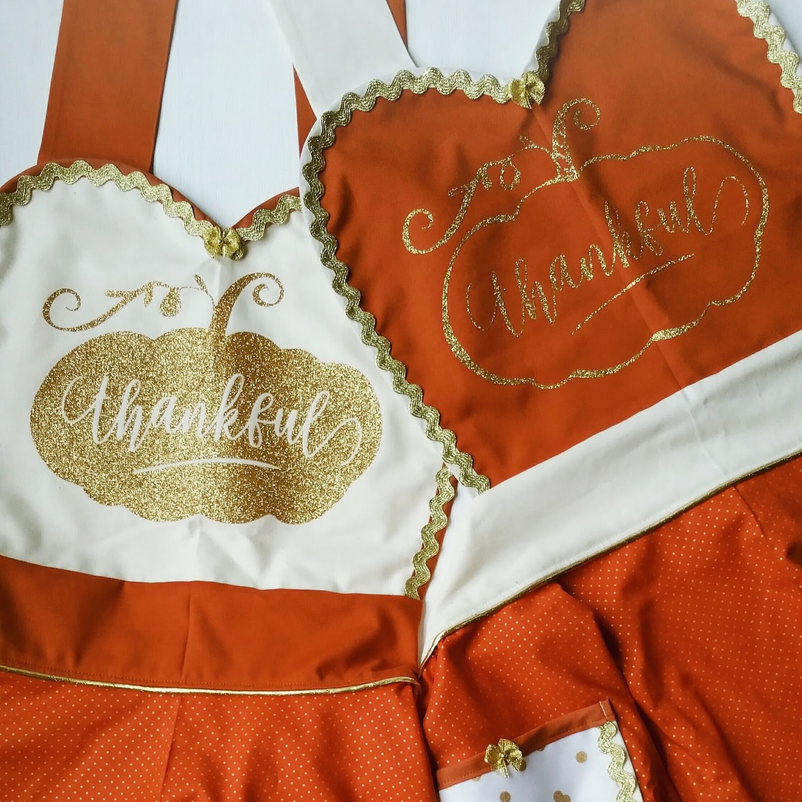 Thanksgiving Fabric Inspiration by Bambino Amore - the Apron Makers