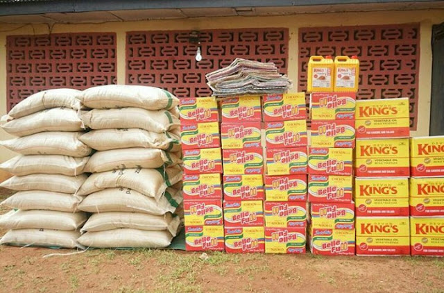 Singer Flavor Showers Gifts on Enugu Widows.