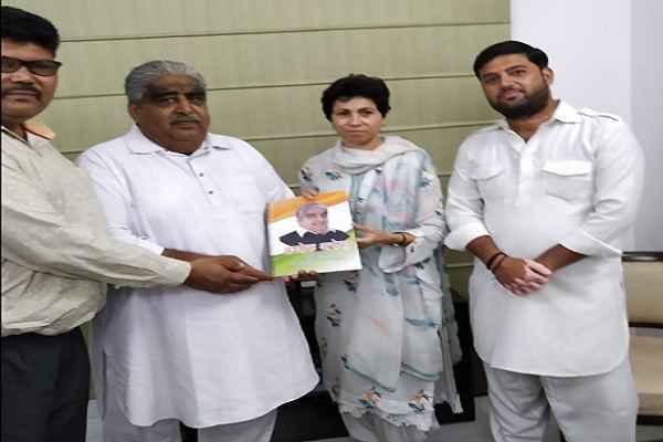 ashok-arora-cognress-candidate-badkhal-vidhansabha-election-2019