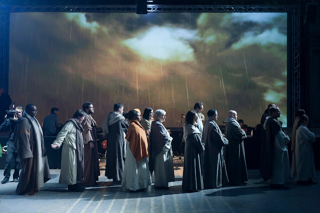 Disciples in Streetwise Opera and The Sixteen's The Passion. Photo by Graeme Cooper