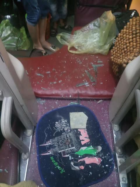 Xe khách bị tấn công bằng mưa gạch đá khi qua Thanh Hóa