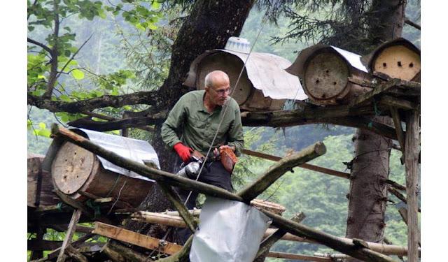 Μέλι από το Ριζαίο του Πόντου όπου ο παραγωγός το μοσχοπουλάει (φωτο)