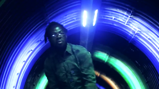 """O rapper angolano Intelektu lança o clipe """"500 Mil Euros na ostentação"""""""