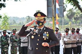 Hari Pahlawan, Kapolres Sinjai Jadi Irup Upacara Ziarah di TMP Manggottong