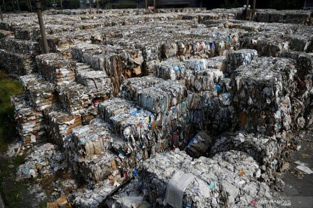 DPR-RI ingin pabrik kertas domestik tidak impor bahan baku sampah