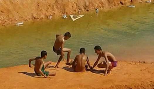 ببرشيد: أبناء الأغنياء لهم المسابح و أبناء الفقراء يموتون في البرك المائية