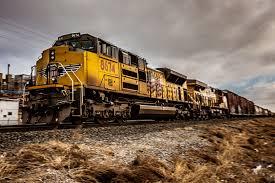 1June से चलने वाली ट्रेनों को लेकर रेलवे स्टेशन पर क्या तैयारी है?