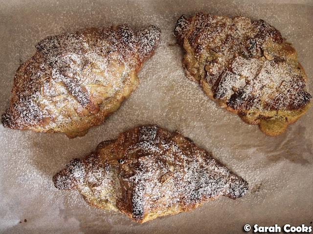 Pistachio croissants
