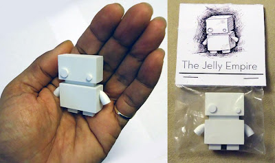 The Jelly Empire x Argonaut Resins Jelly Bot Mini Resin Figure in Packaging