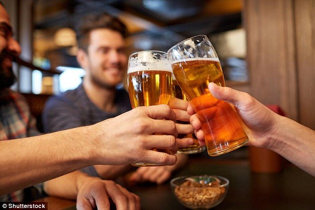 Cheers! Drinking alcohol helps you speak a foreign language better, study says