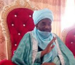 Alhaji Mohammed Ahmad Asha, the Emir of Kaura-Namoda in Zamfara State, died in the early hours of Sunday. He was said to have died of suspected coronavirus-related complications. The aged 71, the