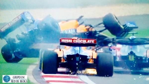 ACCIDENTE DE CARLOS SAINZ (MCLAREN)
