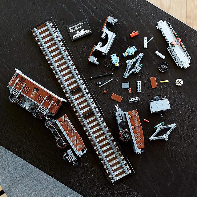 Lego Crocodile Locomotive