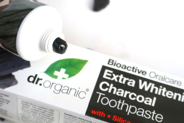 Dr. Organic Charcoal Purifying  toothpaste