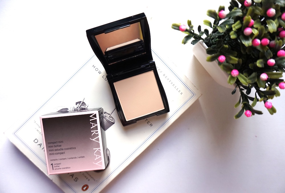 Mary Kay Sheer Mineral Powder In Ivory 2 Review Swatch The