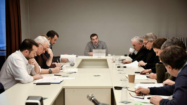 Απάντηση στο διχασμό με «επίθεση συναίνεσης» από τον ΣΥΡΙΖΑ, αυτές τις κρίσιμες για τη χώρα ώρες