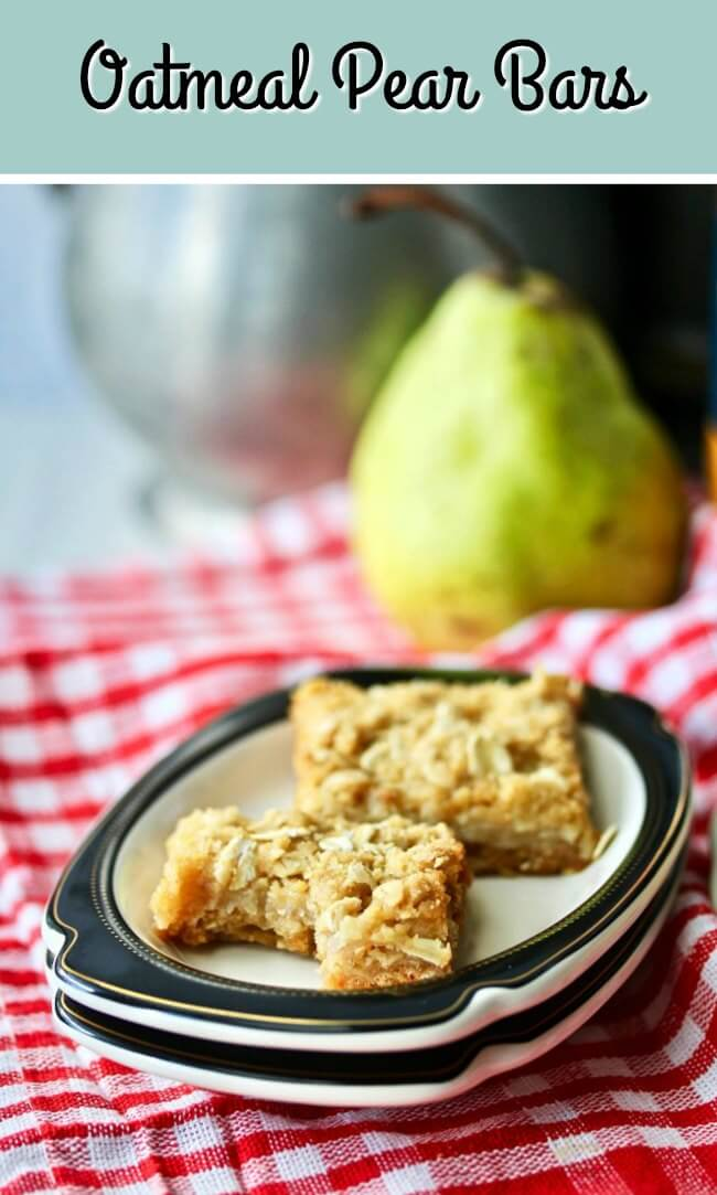 Oatmeal Pear Bars with brown sugar and maple syrup