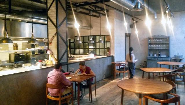 Cocina y comedor, restaurante Dstage
