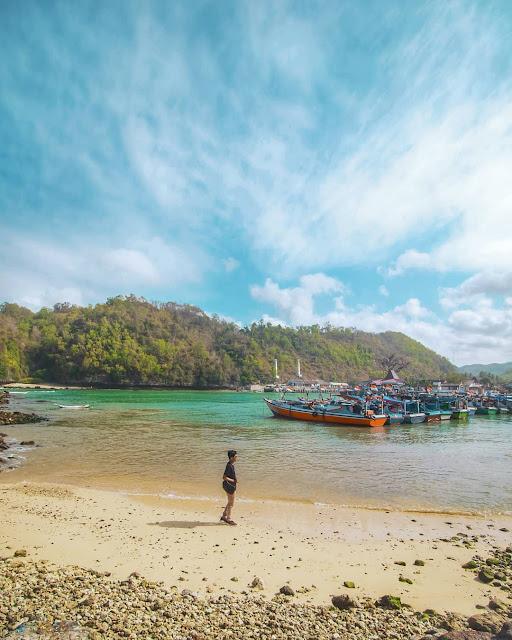 Pantai Sadeng Gunung Kidul, Suasana Perkampungan Nelayan