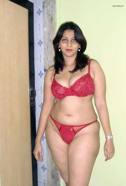 Indias Most Purely: Aunty in Shorts