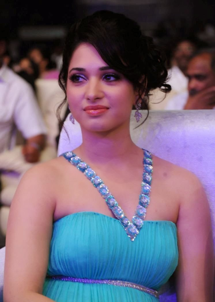 Anushka Shetty Cute Wallpapers Actress Tamanna Bhatia Hot Pictures Tamil Actress