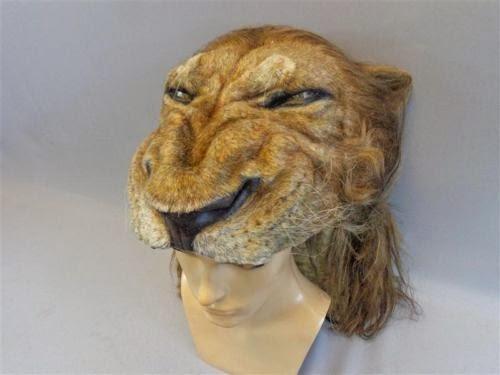 Cabeça de leão semelhante a usada no filme a venda