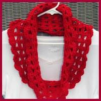 Bufanda capucha roja