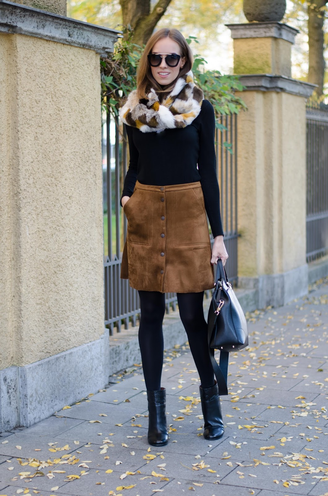 kristjaana mere suede skirt fur collar fall outfit fashion