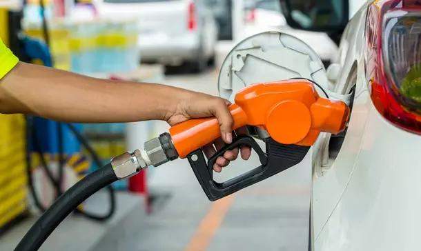 Combustível subiu! Tem como economizar na gasolina?