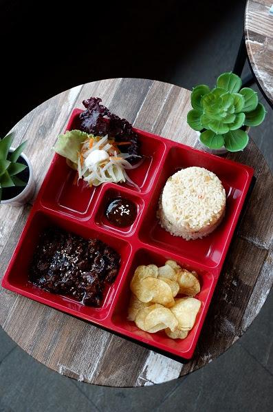 Rice bowl yang mengenyangkan di Koffee Talk Semarang