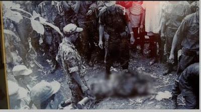 Penggalian sumur Lubang Buaya pada tanggal 4 Oktober 1965 - berbagaireviews.com