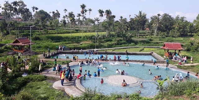 Kolam Renang Tirta Agung Bondowoso