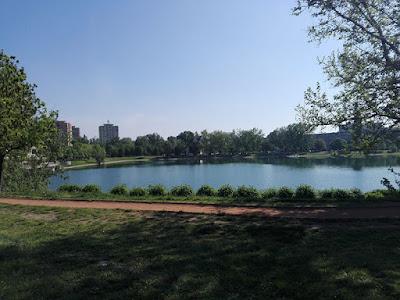 Un paseo por los lagos: paseo para peatones