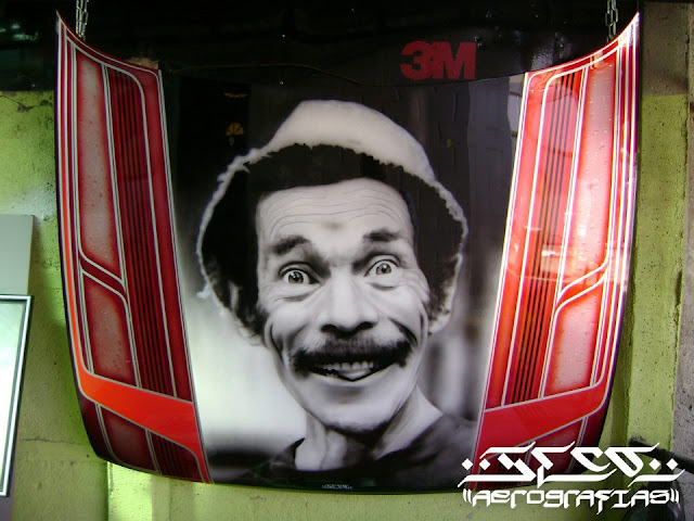Le dijeron que se iba a morir de hambre haciendo graffitie y ahora vive del arte.