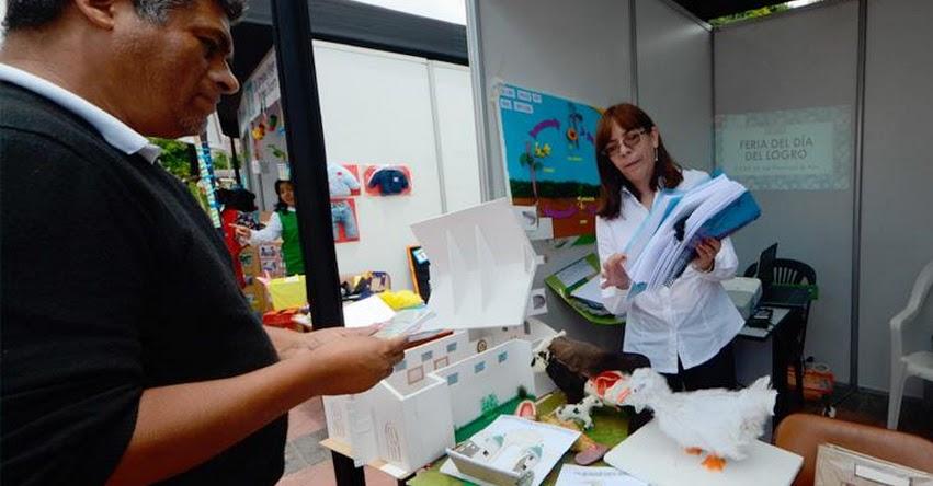 DRELM: Se reunieron las mejores experiencias de aprendizajes en la «Feria del Día del Logro» www.drelm.gob.pe