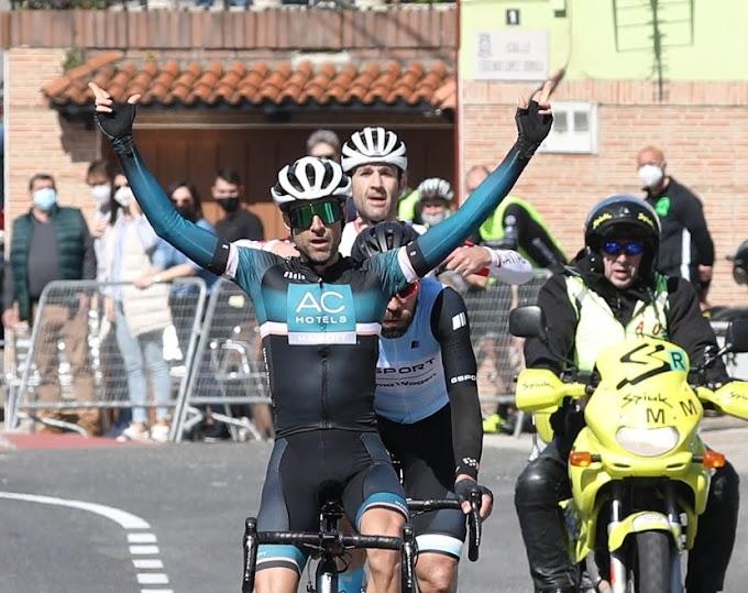 Las fotos de la 2ª etapa de la Vuelta a Cantabria Máster - Fotos Ciclismo González
