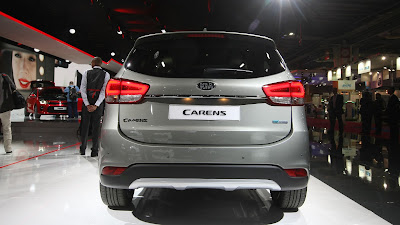 Kia Carens 2018 Review, Specs, Price