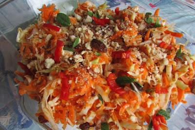 sałatka z kapusty i marchewki