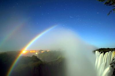 Moonbow - Victoria Falls