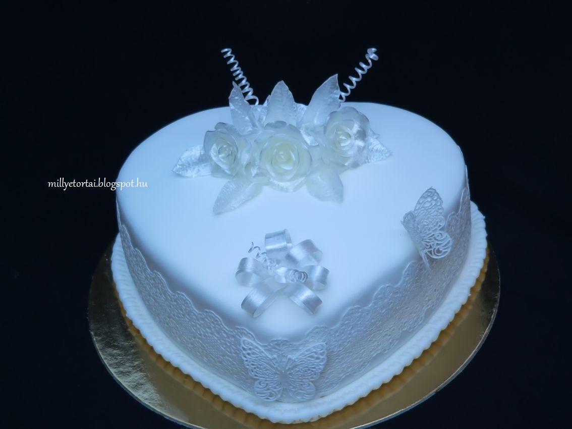 szív alakú esküvői torta Millye finomságai: Szív alakú csipkés esküvői torta szív alakú esküvői torta
