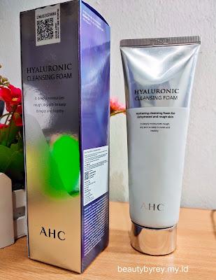 Review AHC Hyaluronic Cleansing Foam untuk Kulit yang Terhidrasi