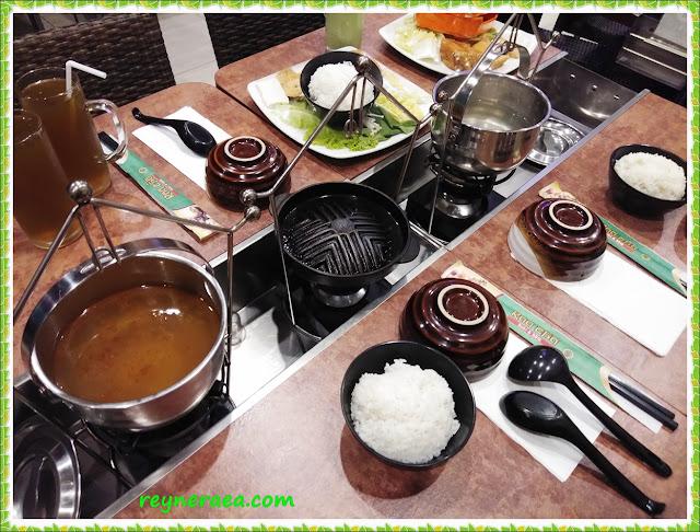 raa cha menu masak di meja