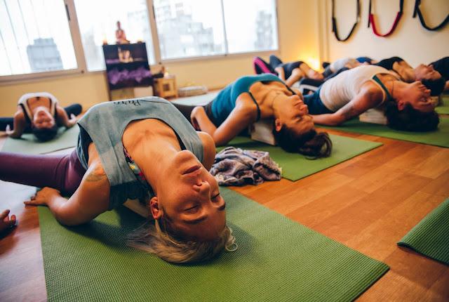 Curso de Yoga Terapia con enfoque energético.
