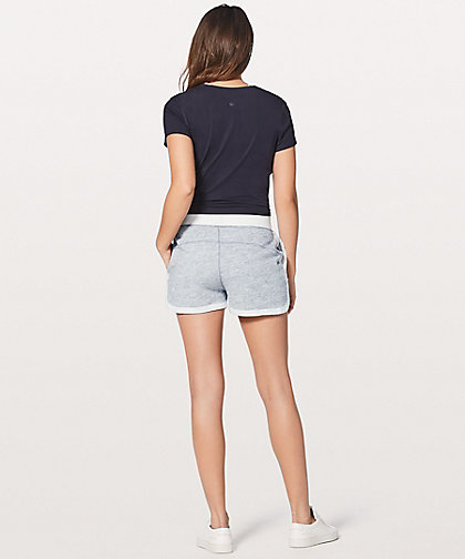 lululemon cool-and-collected-short