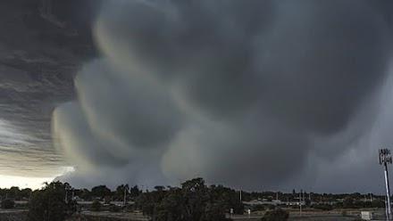 Βόμβα βροχής έπληξε την Αυστραλία