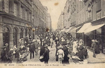 Riom puy de Dôme, le Marché